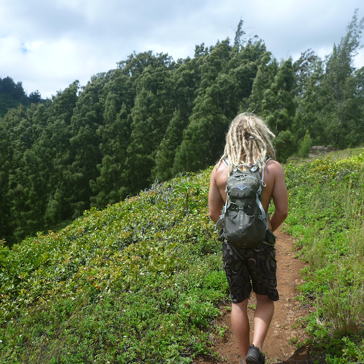 Hiking, Hawaii, Oahu, dude, guy, dreads, dreadlocks, rasta