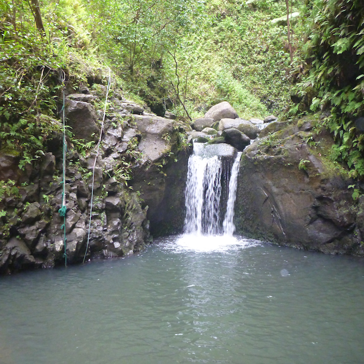 Koloa gulch, oahu, hawaii, hike, cascade, waterfall, falls, stream, river, creek
